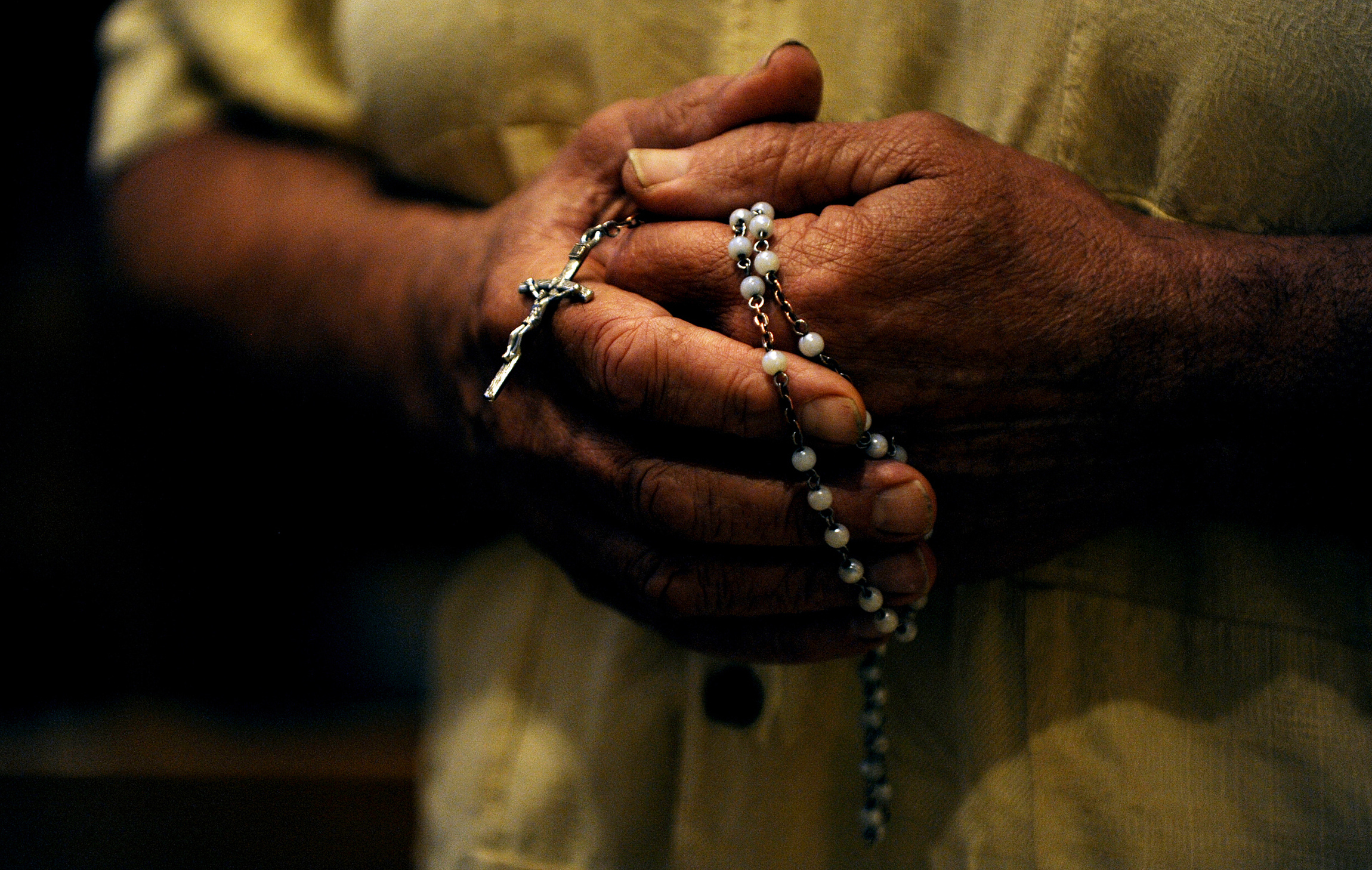 October is the month the church dedicates to the rosary. The church synod the new evangelization begins Oct. 7, the feast of Our Lady of the Rosary. (CNS file photo/Mike Crupi, Catholic Courier) (Sept. 28, 2012) See OCTOBER-ROSARY Sept. 28, 2012.